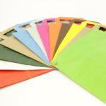Papieren draagtassen Gkr gekleurd
